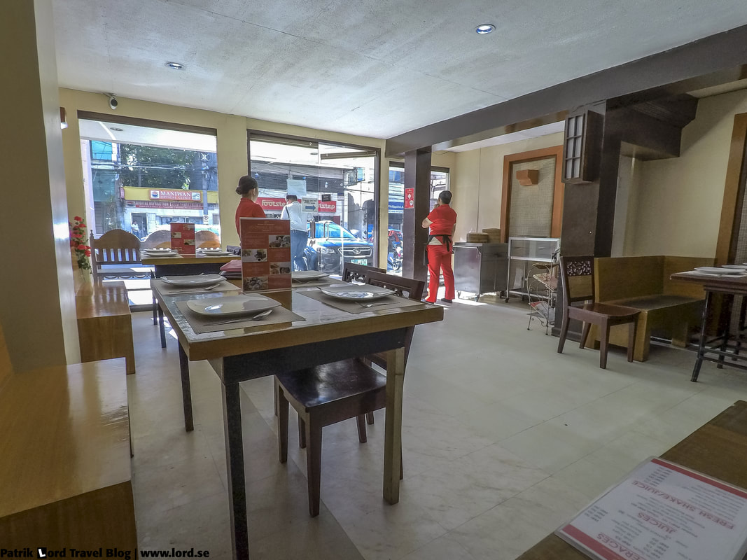 Review of JJ's Dimsum and Restaurant, entrance from the inside, Bohol Philippines © Patrik Lord Travel Blog