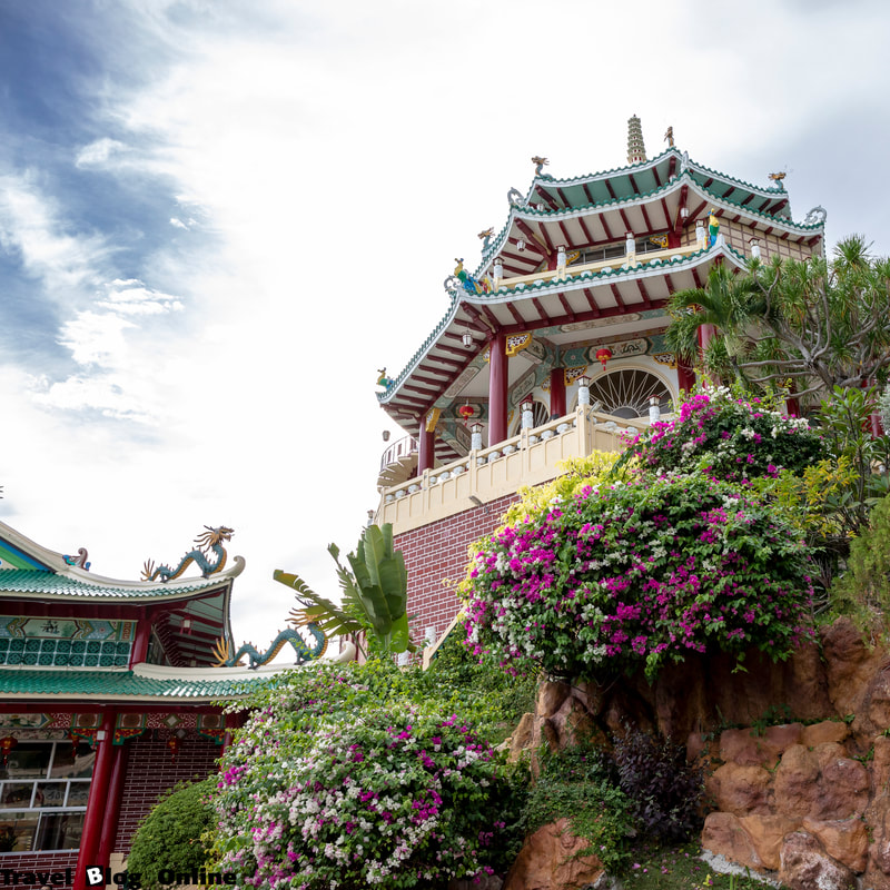 Cebu Taoist Temple, Prayer room, Cebu City, Philippines © travelblogonline.com