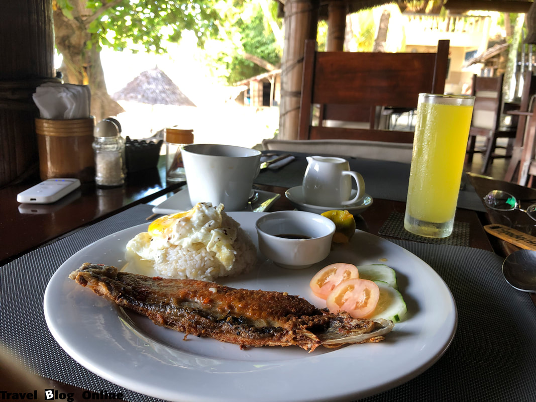 Easy Diving and Beach Resort, Sipalay, The restaurant, Breakfast, Philippines © travelblogonline.com
