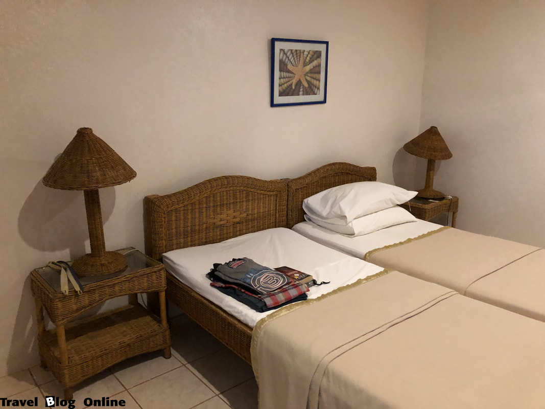 Easy Diving and Beach Resort, Sipalay, My room, Philippines © travelblogonline.com