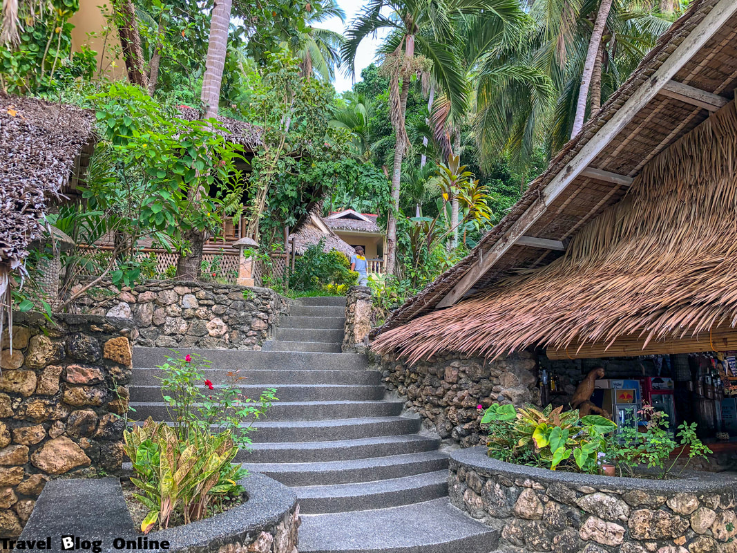 Easy Diving and Beach Resort, Sipalay, Stairs, Philippines © travelblogonline.com