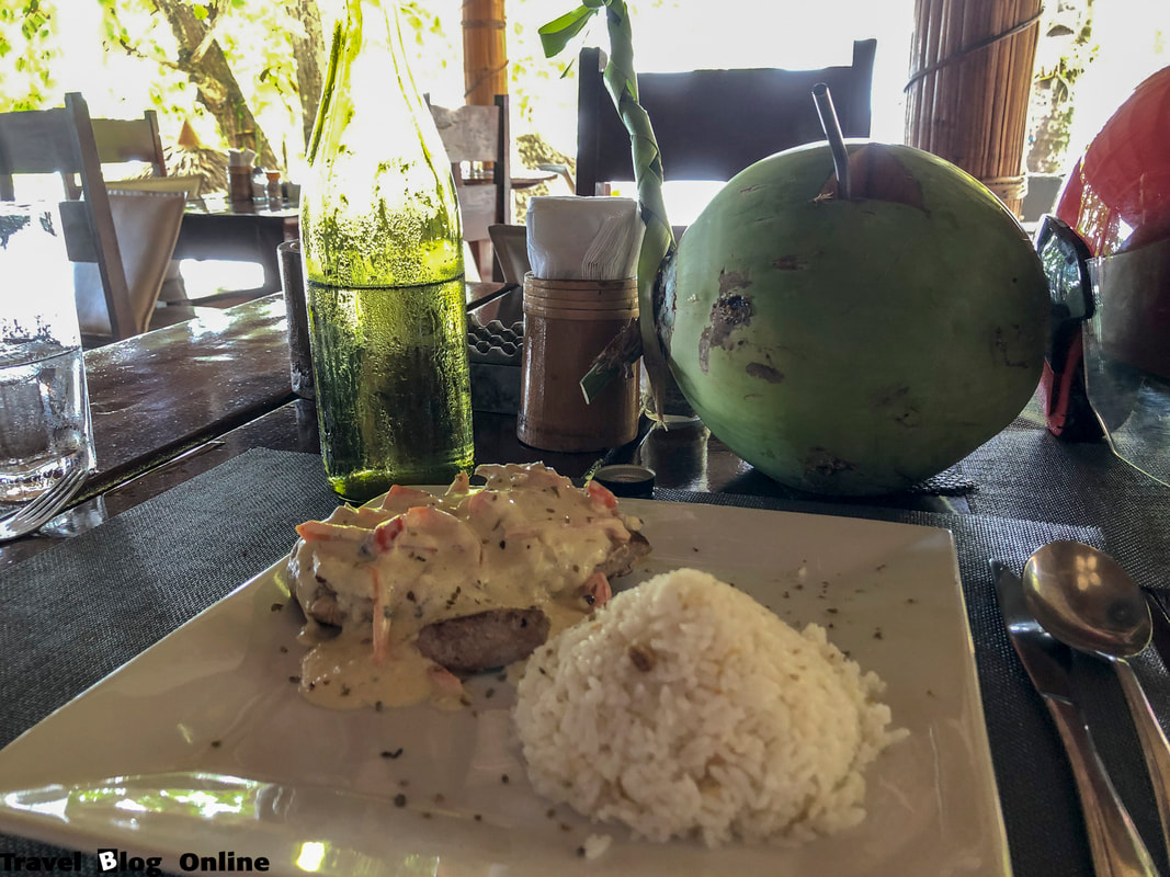 Easy Diving and Beach Resort, Sipalay, The restaurant, Tuna Steak, Philippines © travelblogonline.com