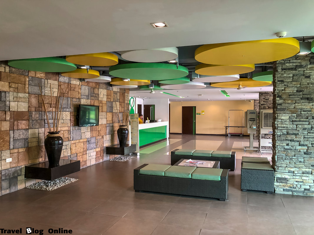 Go Hotels, Lobby area, Dumaguete, Philippines © travelblogonline.com