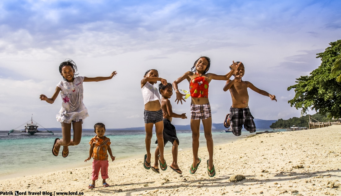 Kids of Philippines, jumping kids, Talikud Island, Mindanao Philippines © Patrik Lord Travel Blog
