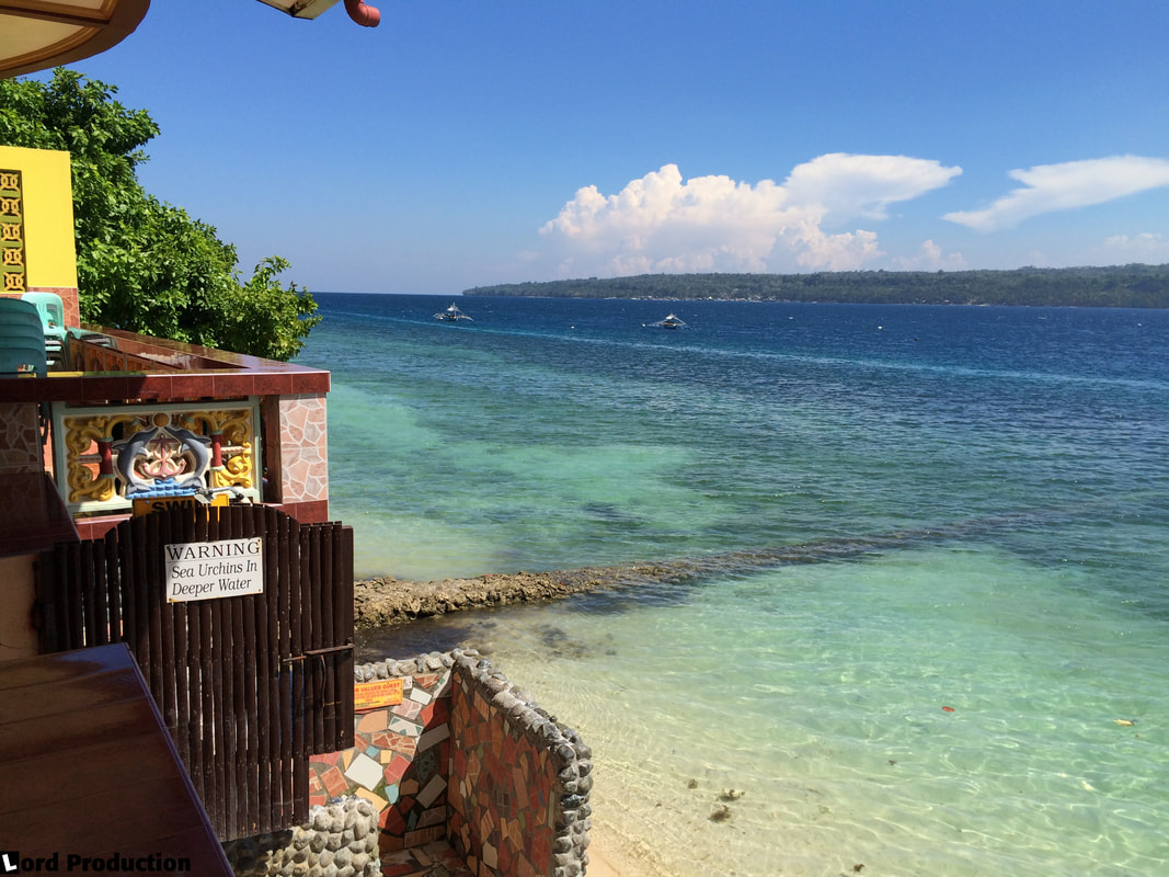 Reviews of hotels in Philippines Samal Island The Red Parrot Inn Sea View 2 © Patrik Lord Travel Blog