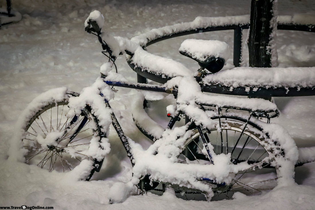 Stockholm, Sweden, Winter, Abandon bicycle © www.travelblogonline.com
