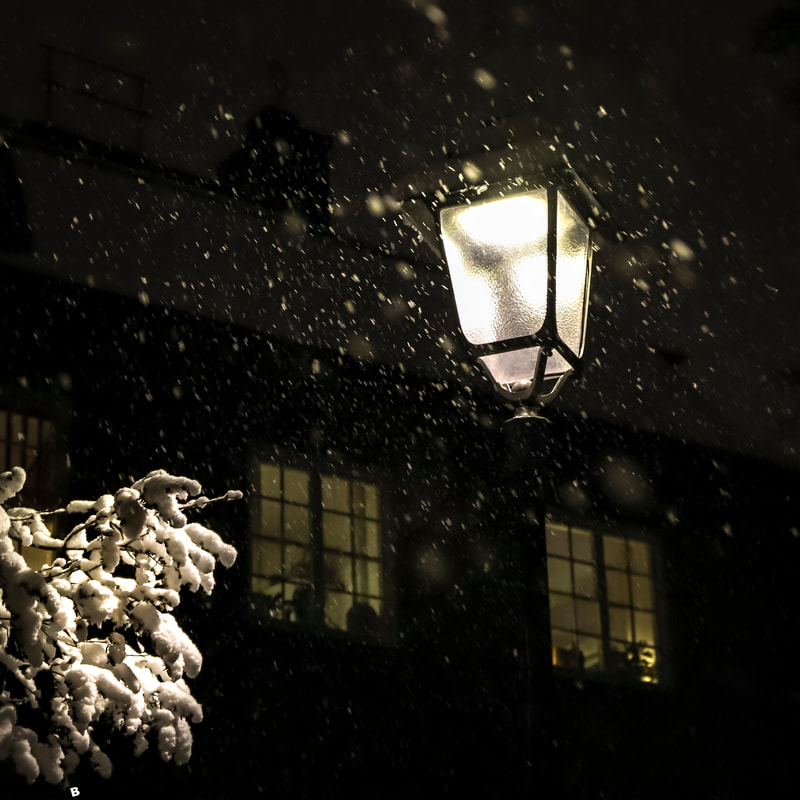 Stockholm, Sweden, Winter, Streetlight © www.travelblogonline.com